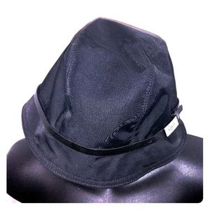 coach black hat size small